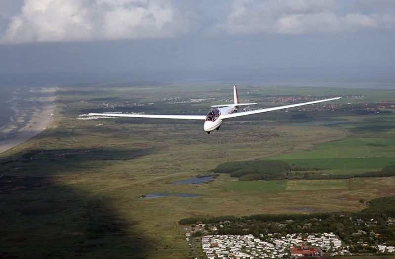 zweefvliegen-ameland-2008-3-Middel